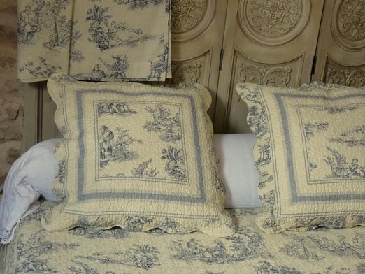 couvre lit toile de jouy boutis toile de jouy bleue 230/250 cm couvre lit toile de jouy