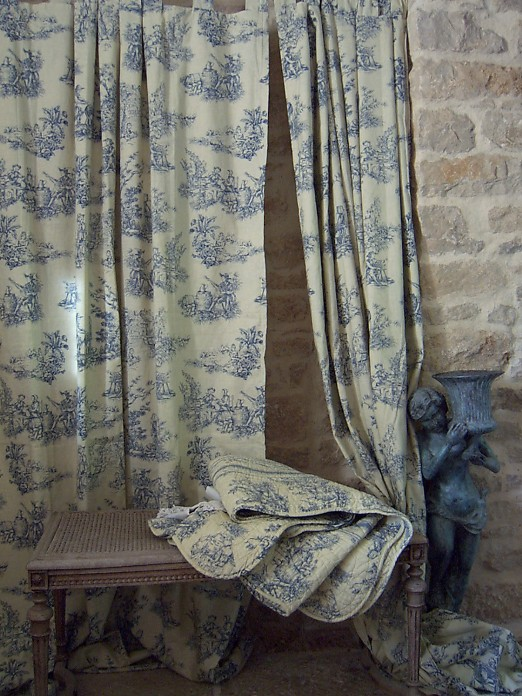 Rideaux Toile De Jouy rideaux toile de jouy bleue suspension petites pattes
