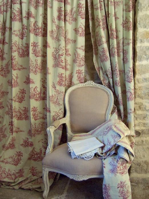 rideaux toile de jouy rouge. Black Bedroom Furniture Sets. Home Design Ideas